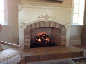 completed-mason-lite-fireplace-with-log-set-paradise-valley-1030x773