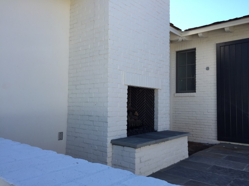Repeat Shot Of Outdoor Patio Fireplace With Chimney Flue 1030×773