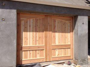 wood-garage-door-phoenix-arcadia-1030x773